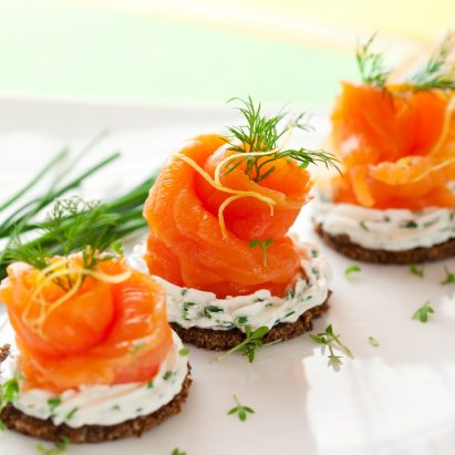 Norwegian-smoked-salmon-canapes
